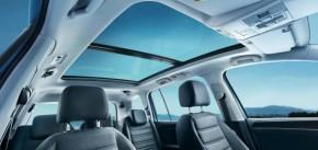 Volkswagen Touran panoramatické strešné okno