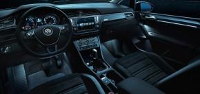 Volkswagen Touran interiér prístrojová doska