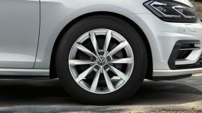 Volkswagen Golf  predné koleso