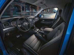 Volkswagen AMAROK interiér prístrojová doska+ predné sedačky
