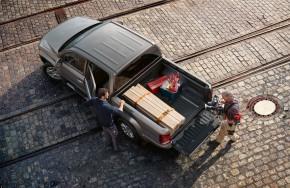 Volkswagen AMAROK  pohľad zhore úložný priestor