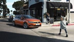 Volkswagen Polo trojštvrťový pohľad spredu vpravo