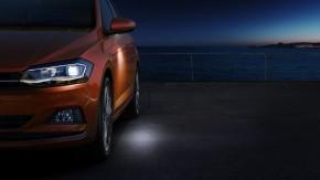 Volkswagen Polo pohľad spredu detail predné svetlo