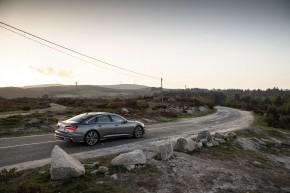 Audi A6 trojštvrťový pohľad zuzadu vpravo 2