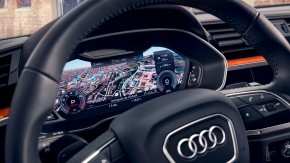 Audi Q3 interiér- detail volant