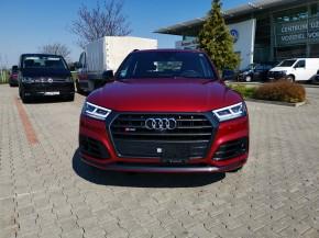 Audi Q5 pohľad spredu