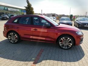 Audi Q5 pohľad z boku