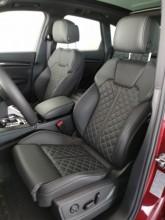 Audi Q5 detail interiér- predné sedačky