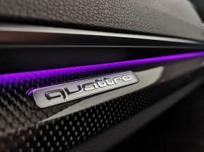 Audi Q5 detail-quattro
