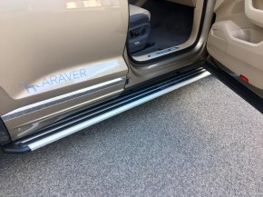 Volkswagen Touareg detatil nastupovací prah