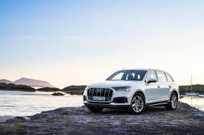Audi Q7- pohľad trojštvrťový spredu- biela farba
