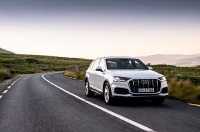 Audi Q7- trojštvrťový pohľad spredu - biela farba