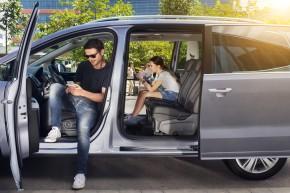 SEAT Alhambra posledné kusy- auto pre rodinu- sivá farba