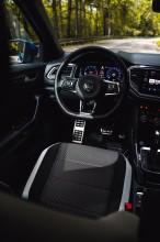 Volkswagen T-Roc interiér detail volant a predná sedačka, modrá farba