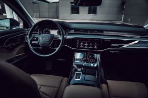 Audi Gebrauchtwagen: Plus A8 detail interiér prístrojová doska, predné sedačky, šedá farba