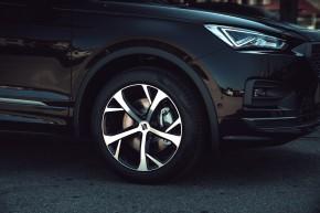 SEAT Tarraco detail predné koleso, disk- čierna farba