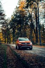 Volkswagen T-Cross- pohľad spredu- oranžová farba