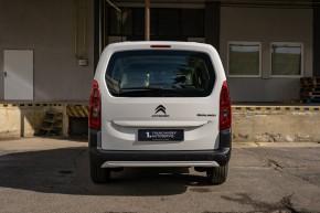 Citroën Berlingo  pohľad zozadu- biela farba