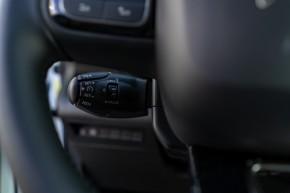 Citroën Berlingo interiér, prístojová doska detail volant