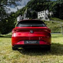 SEAT Leon Sporstourer červená